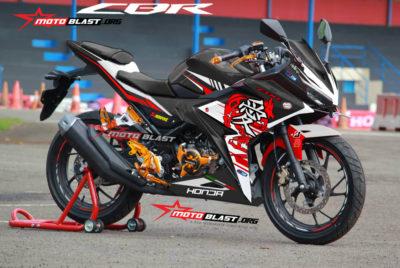 Graphic Kit Honda CBR150R 2016 Black Desmo Kanji Dragon
