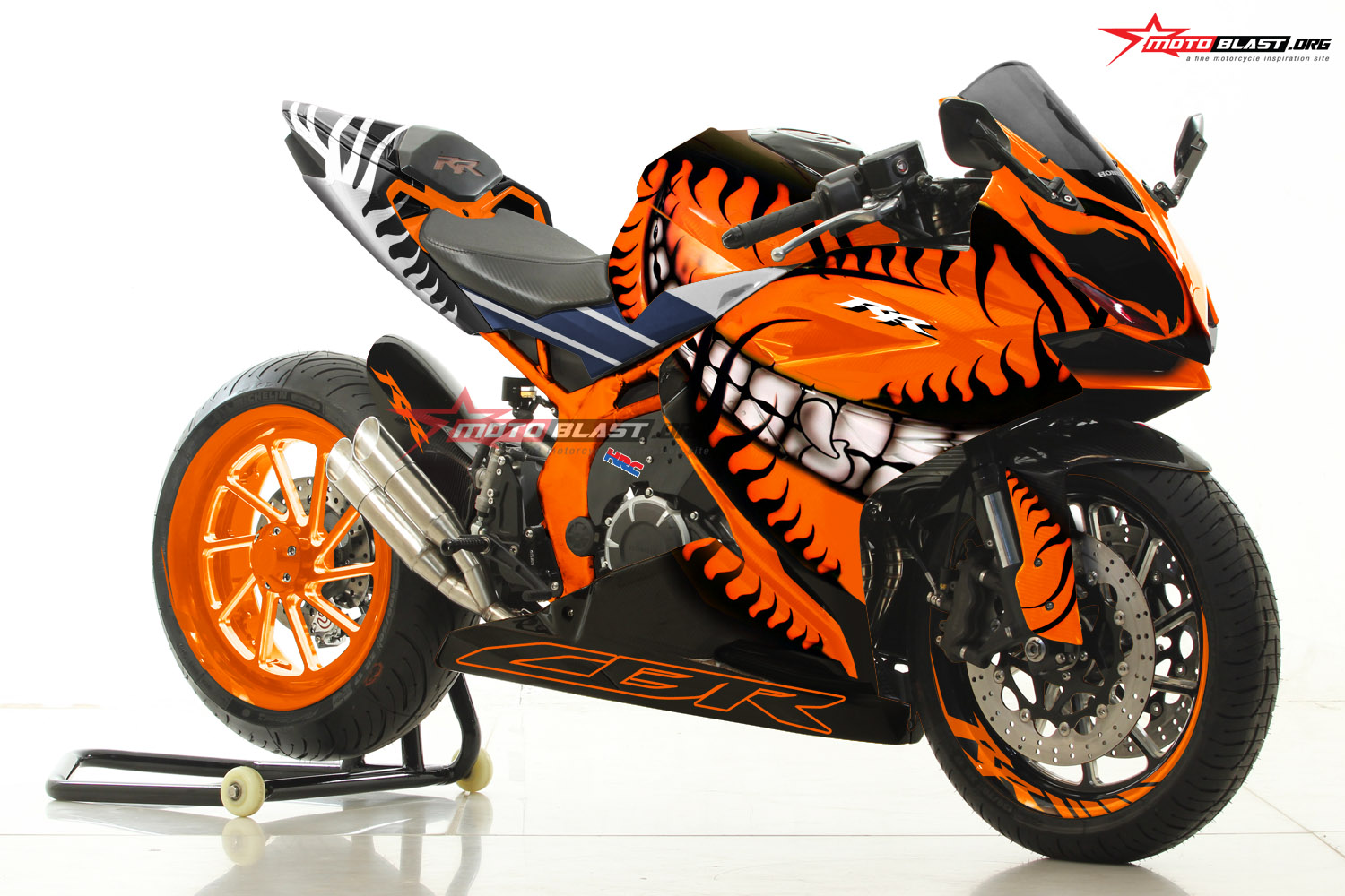 honda new cbr250rr black orange helloween