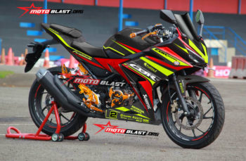 Modifikasi Striping Honda CBR150R Black Racing